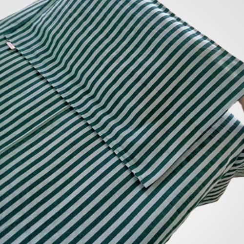 D Green strip